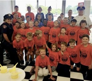 Cleveland Police Community Relations Unit spent some time with the kids at Discovery World. We walked to Kamms Corner's Ice Cream and talked about bullying, safety, and police work! The cops and kids also had some delicious ice cream bought by Cleveland Cops for Kids and the Cleveland Police Foundation.